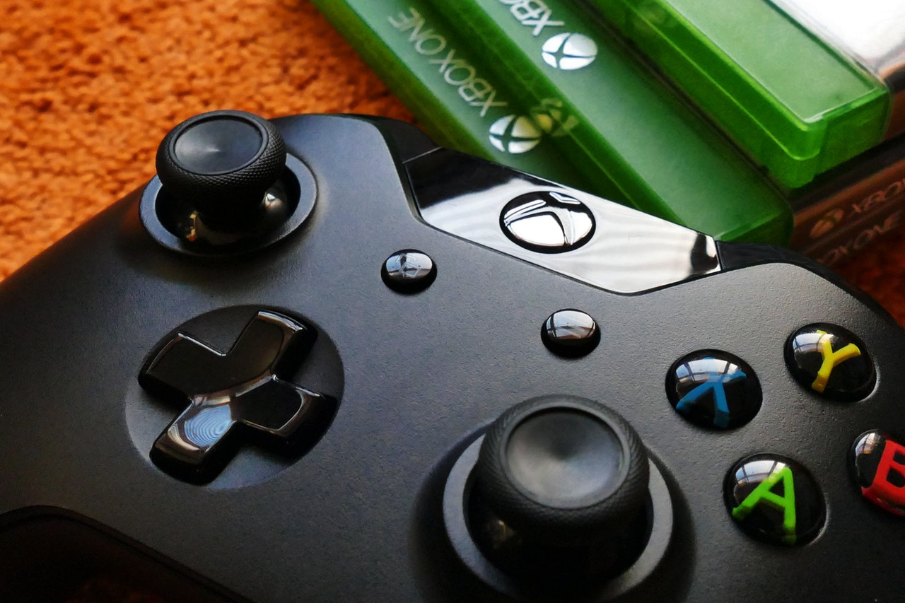 x-box-game-controller